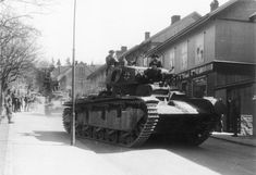 An experimental German Panzer with three turrets, used in Norway Mg 34, Panzer Iv, Tank Destroyer, Armored Fighting Vehicle, Ww2 Tanks, German Army, Armored Vehicles, Luftwaffe, Military History