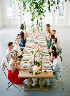 mesa larga flores centro de mesa