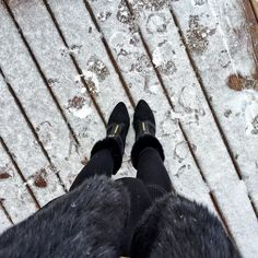 Lets play a game of how cold was I while taking this #FromWhereIStand yesterday  New post ft. this look on the blog right now