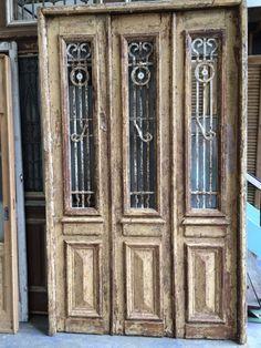 nr. 1819 drieslag antieke voordeuren in kozijn