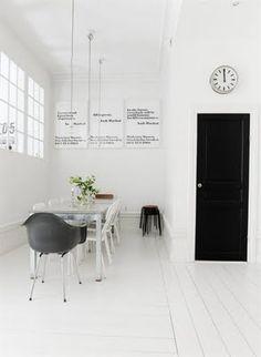 design is mine : isn't it lovely?: interior inspiration : black and white. Interior Simple, Black Interior Design, Black And White Interior, Home Interior, Interior Architecture, Black White, Interior Decorating, Interior Modern, Minimalist Interior