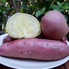 Yams Vs Sweet Potatoes, Purple Sweet Potatoes, Japanese Sweet Potato, Sweet Potato Varieties, Chicken Names, Potato Gardening, Thai Chicken Salad, Root Vegetables