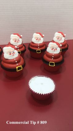 holiday desserts Quick and easy, these jolly cupcakes will be a hit at any holiday gathering. Santa Cupcakes, Holiday Cupcakes, Holiday Desserts, Holiday Baking, Holiday Treats, Christmas Cupcake Cake, Chrismas Cake, Snow Globe Cupcakes, Pearl Cupcakes