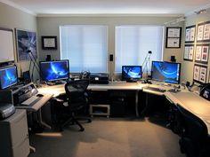 Stewart Altschuler's Impressive Home Office
