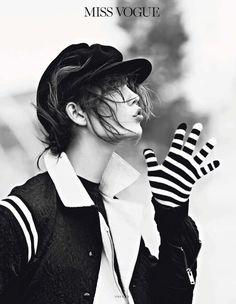"""""""Street Dance"""" - Vogue Paris March 2013. Photography: Lachlan Bailey"""
