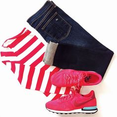 Red and white outfit - Nike Internationalist sneakers