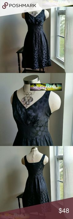 WHBM.....BEAUTIFUL DRESS.... ...ADDING INFO SOON...GREAT CONDITION  ...NORMAL WEAR....NO FLAWS... White House Black Market Dresses