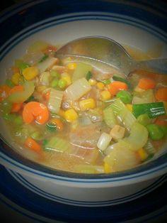 Mix Veg Soup, Eat Happy, Baby Carrots, Iftar, Ramadan, Vegetarian Recipes, Curry, Easy Meals, Veggies