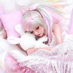 Pastel rainbow ponytail for true unicorns🦄 🌈(this wig for mnf head, it's big for narae) Beautiful Barbie Dolls, Pretty Dolls, Anime Dolls, Bjd Dolls, Barbie Images, Cute Baby Dolls, Kawaii Doll, Doll Repaint, Ball Jointed Dolls