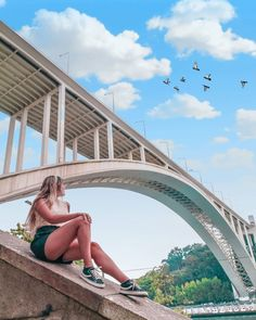 """Porto Bridge Climb on Instagram: """"🎈Começamos a semana com bom tempo. Juntas-te a nós? 🎈We start the week with good weather. Will you join one of our visits? 📷@ajoanamaiaa…"""" Pub, Climbing, Bridge, Weather, Join, Instagram, Dress, Finger Foods"""