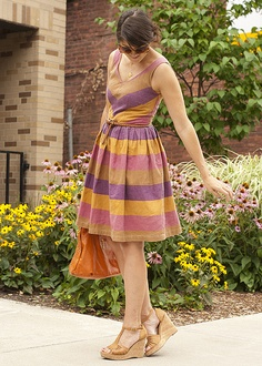 darling summer dress (though I'm already itchin' for fall clothing!)