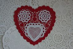 The Laboratory: Mesh Heart Motif in Irish Crochet