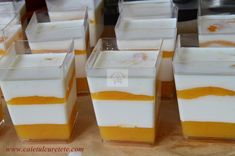 Panna cotta cu jeleu de fructe tropicale - CAIETUL CU RETETE Panna Cotta, Pudding, Desserts, Food, Tropical, Tailgate Desserts, Dulce De Leche, Deserts, Custard Pudding
