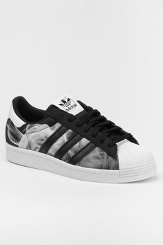womens adidas nmd_r1 shoes blackwhite adidas superstar 145