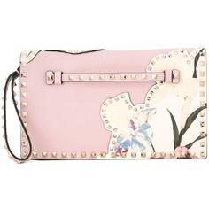 Valentino Garavani 'Rockstud' clutch (5,465 BAM) ❤ liked on Polyvore featuring bags, handbags, clutches, bolsas, valentino, pink purse, embellished purses, floral handbags, flower print purse and embellished handbags