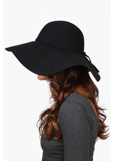 Bardot floppy wool hat in Black