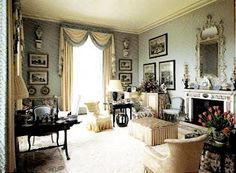 English decorator Tom Parr designed a converted vicarage home for the Earl and Countess of Wilton. Image from The House and Garden Book of Classic Rooms