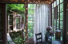 Atlanta Treehouse Tour - Unique Homes and Vacation Rentals - Country Living