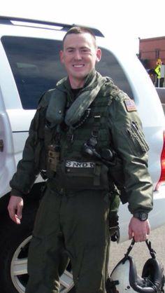 Virginia: Encuentran cuerpo de piloto naval que había desaparecido tras accidente de helicóptero: http://washingtonhispanic.com/nota16997.html