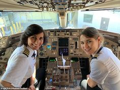 "The mother, daughter pilots in viral photo are ""inspiring for young women"" and ""good for aviation,"" chancellor of Embry-Riddle Aeronautical University says. Wendy and Kelly Rexon made up that Delta flight crew. Billie Jean King, Flight Pilot, Delta Flight, Sistema Solar, Transformers, Universities In Florida, Becoming A Pilot, Airline Pilot, Female Pilot"