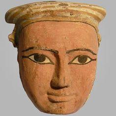 Máscara egipcia de la momia