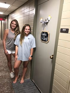 Texas Tech Chitwood Dorm (With images)   Dorm room ...