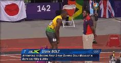 Usain Bolt's fistbump makes Olympic volunteer's day
