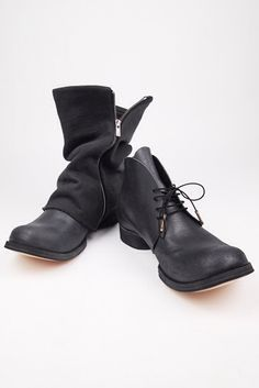 Devoa A/W 2011/12. Artisan Hand crafted boots with boot sleeves.