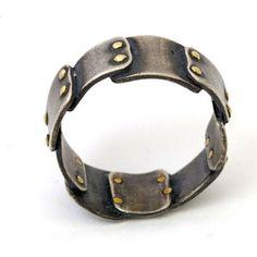Interesting Ring concept. #steampunk #scifi #jewelry https://www.steampunkartifacts.com
