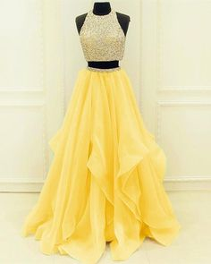 Sequined Beaded Top Organza Layered Prom Dresses Two Piece - pinpon.site/fashion - - Sequined Beaded Top Organza Layered Prom Dresses Two Piece Source by Pretty Prom Dresses, Prom Dresses For Teens, Hoco Dresses, Homecoming Dresses, Cute Dresses, Beautiful Dresses, Beaded Dresses, Yellow Prom Dresses, Short Beaded Dress