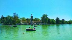 Nos encanta terminar la semana llenàndonos de energía....que mejor sitio que el Retiro!  #Madrid #parquedelretiro #Domingo #felizdomingo #relax #pasear #emprendedores #DiseñaTuMapa #lago