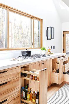 Kitchen Sink organizer Ideas for A Bright, Minimalist Home. 58 Luxury Kitchen Sink organizer Ideas for A Bright, Minimalist Home. Natural Wood Kitchen Cabinets, Inside Kitchen Cabinets, Kitchen Cabinet Storage, Kitchen Sink, Kitchen Organization, Smart Kitchen, Grand Kitchen, Minimalist Home Decor, Minimalist Kitchen