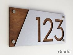 Modern house numbers, Alucobond with wood - Contemporary home address - Sign plate - door number - Modern house numbers, Alucobond with wood - contemporary house address - Sign plate - number door House Address Sign, Address Plaque, House Address Numbers, Contemporary Home Decor, Modern Decor, Contemporary House Numbers, House Numbers Modern, Midcentury House Numbers, Contemporary Design