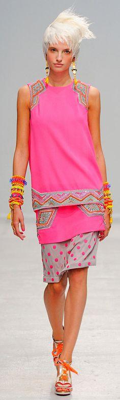 Spring 2014 Ready-to-Wear Manish Arora - ☮k☮ #pink
