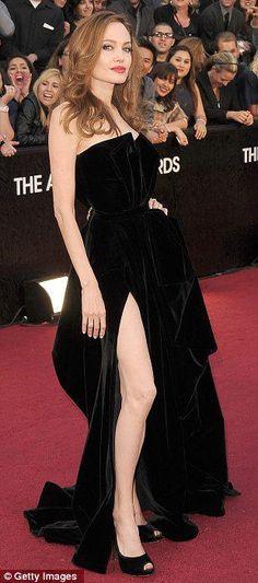 84. Oscar Ödül Töreni - Angelina Jolie