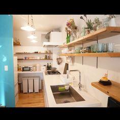 その他で、2LDK、家族住まいのポーターズペイン/ドライフラワー/サンワカンパニー/足場板/キッチンについてのインテリア実例を紹介。(この写真は 2015-12-23 15:07:01 に共有されました)