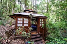 Luxury Cabin with Japanese Teahouse in Sonoma County, Califo.- Luxury Cabin Sonoma County Source by - Ideas De Cabina, Japanese Style House, Small Japanese House, Asian House, Luxury Cabin, Vacation Home Rentals, Cabin Homes, Maine House, Luxury Apartments
