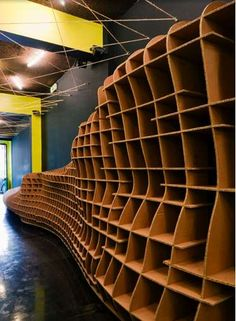 Sustainable Stackable Shelves : dany gilles 800g library