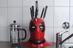 Fully customizable 3D Printed Deadpool Knife Block impresses on Instructables