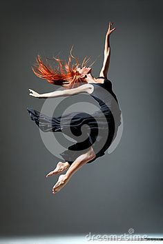 © Sanches1980 | Dreamstime.com- Young beautiful dancer posing on a studio background