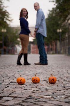 Pumpkin save the date | Fall Wedding Inspiration | planning it all
