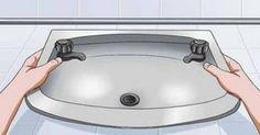 Το κόλπο που θα ξεβουλώσει τα σιφόνια του μπάνιου από τις τρίχες και θα σε γλιτώσει από τα έξοδα του υδραυλικού Good House, Greek Recipes, Housekeeping, Clean House, Cleaning Hacks, Helpful Hints, Household, Sink, Cooking