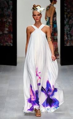 Issa London Spring-Summer 2013 // Floral touch!