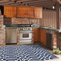 Superior Momeni Indoor/Outdoor Navy (Blue) Links Rug (5u00273 X 7u00276) (5u00273 X 7u00276), Size 5u0027  X 8u0027 (Synthetic, Geometric)