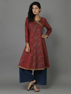 Maroon Ajrakh Print Cotton Kurta – The Loom Salwar Designs, Blouse Designs, Indian Attire, Indian Outfits, Diy Clothes, Clothes For Women, Clothes Horse, Simple Kurtis, New Kurti