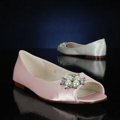 Flower by Pink, wedding flats. $80,00. As seen on Bride in Italy http://www.brideinitaly.com/2014/02/mazzocchetti-teramo.html