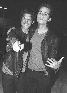 Teen Wolf actors Tyler Posey and Dylan O'Brien // Stiles Teen Wolf, Scott E Stiles, Teen Wolf Boys, Teen Wolf Dylan, Teen Wolf Cast, Scott Mccall, Tyler Posey, Dylan O'brien, Mtv