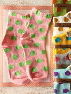 Japanese polka dots socks... I collect polka dot n striped socks!!! I'm not a fan of big polka dots but I want all of these!!!! :)