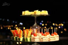 pasabocas Birthday Candles, Catering, Table Decorations, Home Decor, Mesas, Decoration Home, Catering Business, Room Decor, Gastronomia