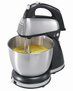 The Hamilton Beach 6-Speed Classic Stand Mixer lets you determine the best tool for the job. Kneading a batch of sticky dough? Let the mixer do the work. Blending a quick dressing? Remove the hand mix...
